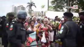 Police Fire Teargas as Otodo-Gbame Residents Occupy Lagos Government House