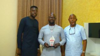 Groups Present Award to Prince Kazeem Eletu-Odibo